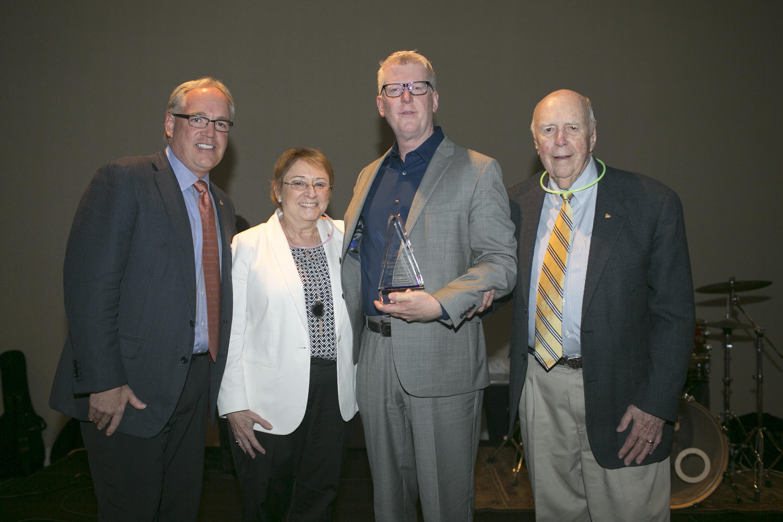 2016 Distinguished Service Award